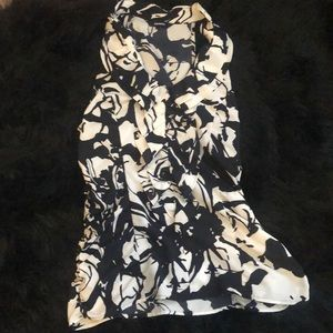 Express Blouse! Black and White!